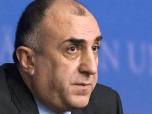 Главе МИД Азербайджана советуют лучше ознакомиться с нормами международного права