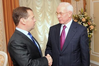 Медведев и Азаров