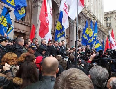 Оппозиция решила оставить Киевсовет