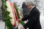 Президент Армении посетил пантеон Ераблур