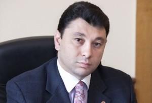 Эдуард Шармазанов