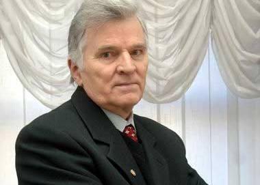 Петр Толочко