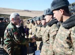Президент и солдаты