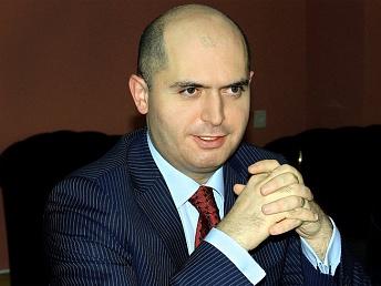 Армен Ашотян