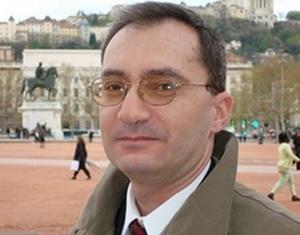 Армен Айвазян