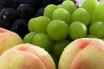 виноград и персик
