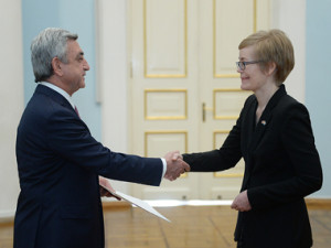 Серж Саргсян и Мартина Куик