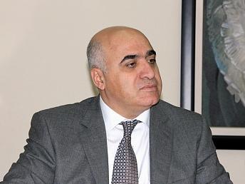 Арсен Казарян