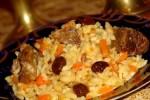 плов из риса с изюмом
