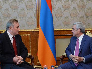 Серж Саргсян и Иван Кухта