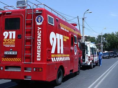 Захватившая ППС вЕреване ворруженная группа взяла взаложники бригаду скорой помощи
