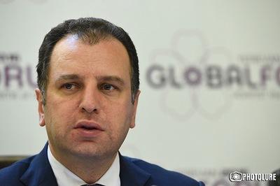 Виген Саркисян: В крупных воинских частях ВС Армении откроются центры «ТУМО» для подготовки кадров в IT-сфере