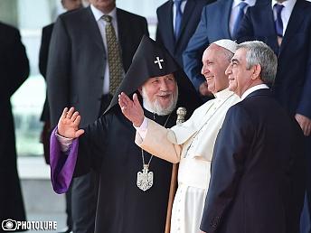 Papa-Rimskiy-Frantsisk