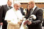 Папа Римский и Артур Абрахам