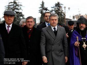 Премьер-министр Армении почтил память жертв Спитакского землетрясения
