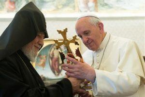 Папа Римский Франциск Католикос Гарегин II