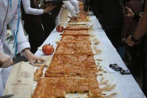 Самую длинную в мире гату приготовили в Ереване