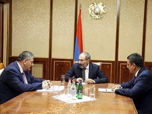 Габриелян и Пашинян