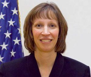 Lynn Tracy