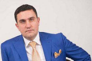 Артур Газинян