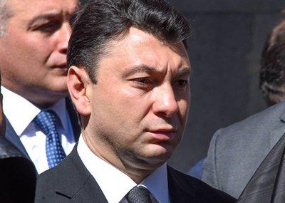 Шармазанов