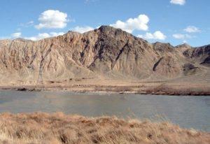 река на границе