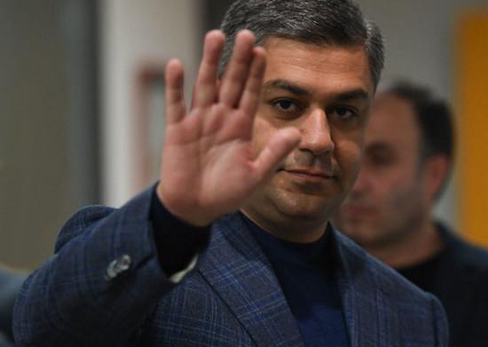 Пашинян должен уйти, но договоренности по Карабаху нужно соблюдать – Артур  Ванецян   AnalitikaUA.net