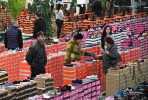 В Армении за месяц цены на непродовольственные товары выросли на 2,3%