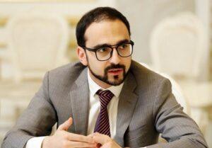 Авинян готов обсудить с Ванецяном возвращение армянских пленных из Азербайджана