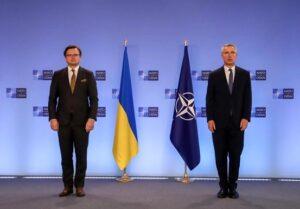 Глава МИД Украины и генсек НАТО выступили с заявлениями