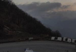 Экскаваторщика из Азербайджана засыпало камнями в Карабахе